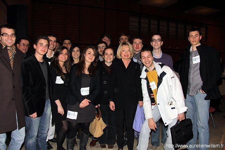 Meeting d'entre deux tour à Lyon