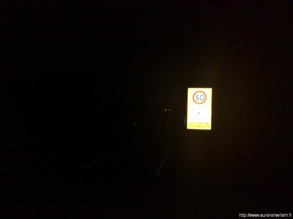 Entrée en ville plusque sombre