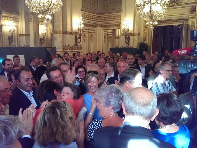 Joie à l'annonce des résultats des sénatoriales 2014 dans le Rhône